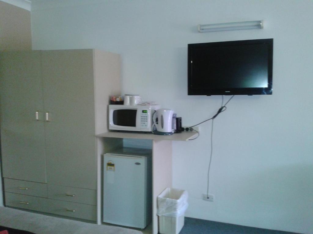standard-triple-room-facilities