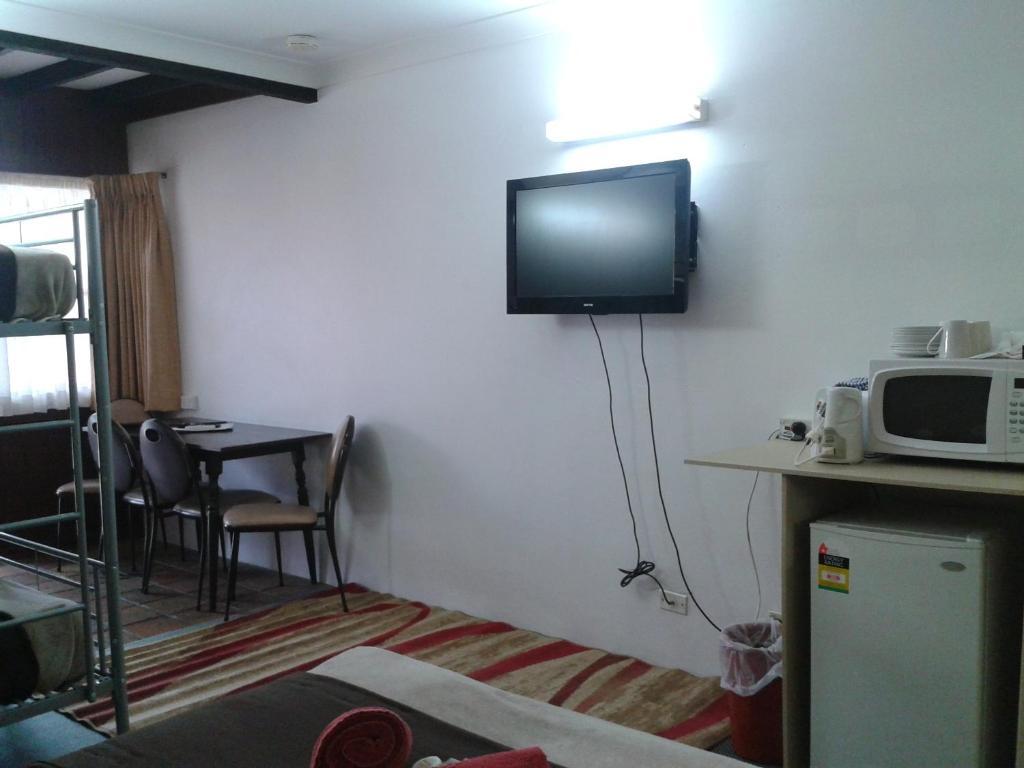 standard-triple-room-layout